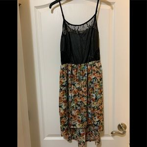 Chloe K hi low dress or top size L